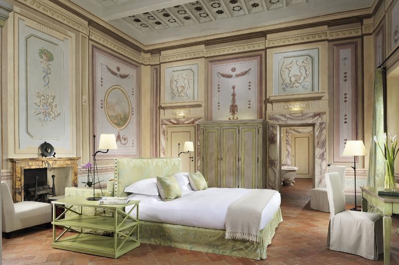 Castello del Nero Hotel in Tuscany